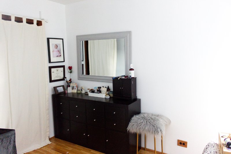 5 Steps For An Easy Mirror Makeover to Brighten Up Your Bedroom 21