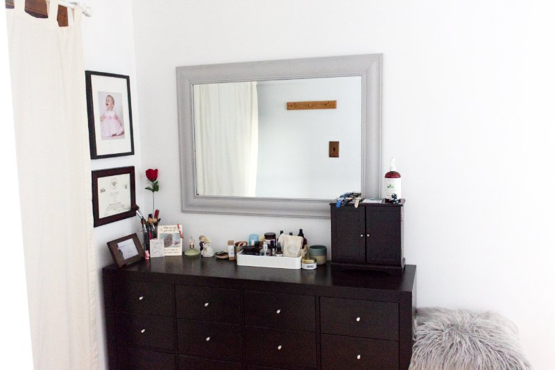 5 Steps For An Easy Mirror Makeover to Brighten Up Your Bedroom 8